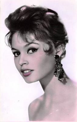 act002164 - Brigitte Bardot, Actress, Movie Star, Postcard Post Card