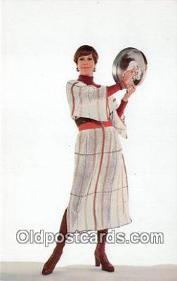 act002230 - Carol Burnett Movie Actor / Actress, Entertainment Postcard Post Card