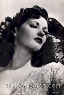 act004010 - Yvonne De Carlo Postcard