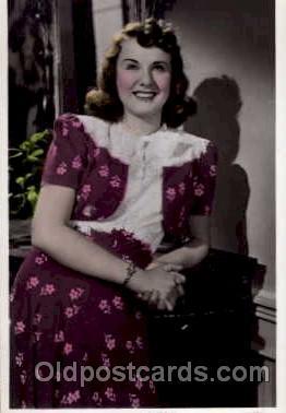 act004019 - Deanna Durbin Postcard