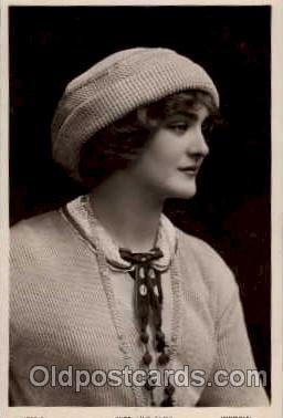 act005003 - Lily Elsie Postcard