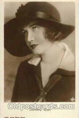 act007032 - Dorothy Gish Postcard