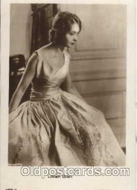 act007047 - Lilian Gish Postcard