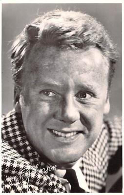 act010047 - Van Johnson Movie Star Actor Actress Film Star Postcard, Old Vintage Antique Post Card