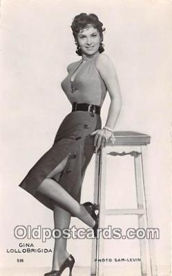 act012152 - Gina Lollobrigida Movie Actor / Actress, Entertainment Postcard Post Card