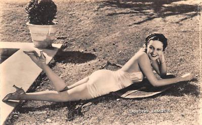 act012253 - Dorothy Lamour Movie Star Actor Actress Film Star Postcard, Old Vintage Antique Post Card