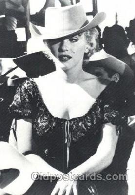 act013140 - Post Card Produced 1984 - 1988, Actress, Model, Marilyn Monroe Postcard