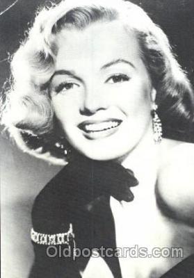 act013143 - Post Card Produced 1984 - 1988, Actress, Model, Marilyn Monroe Postcard