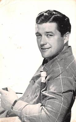 act013341 - Dennis Morgan Movie Star Actor Actress Film Star Postcard, Old Vintage Antique Post Card