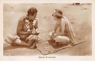 act019257 - Gloria Swanson Movie Star Actor Actress Film Star Postcard, Old Vintage Antique Post Card