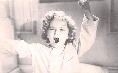 act020560 - Shirley Temple Movie Star Actor Actress Film Star Postcard, Old Vintage Antique Post Card