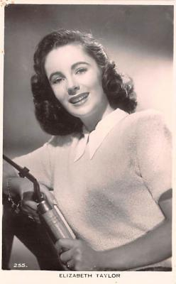 act020607 - Elizabeth Taylor Movie Star Actor Actress Film Star Postcard, Old Vintage Antique Post Card