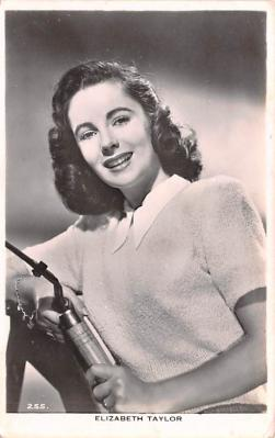 act020622 - Elizabeth Taylor Movie Star Actor Actress Film Star Postcard, Old Vintage Antique Post Card