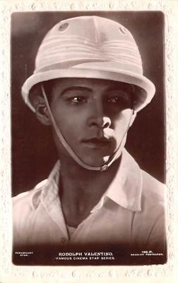 act022066 - Rudolph Valentino Movie Star Actor Actress Film Star Postcard, Old Vintage Antique Post Card