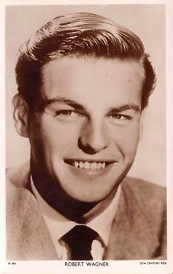 act023130 - Robert Wagner Movie Star Actor Actress Film Star Postcard, Old Vintage Antique Post Card