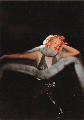 act500755 - Marilyn Monroe Movie Poster Postcard