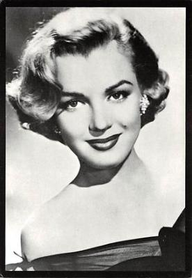 act510081 - Marilyn Monroe Movie Poster Postcard