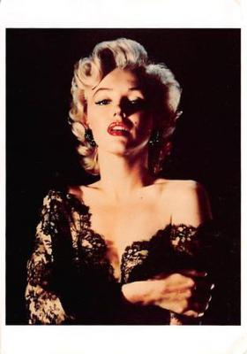 act510133 - Marilyn Monroe Movie Poster Postcard