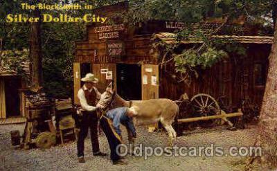 amp001159 - The Black Smith, Silver Dollar City, USA Amusement Park Parks, Postcard Post Card