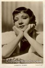act003110 - Claudette Colbert Postcard Post Card