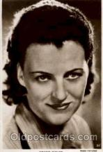 act006010 - Gracie Fields Postcard