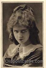 act007041 - Dorothy Gish Post Card