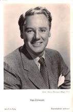 act010048 - Van Johnson Movie Star Actor Actress Film Star Postcard, Old Vintage Antique Post Card
