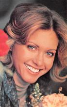act010062 - Olivia Newton Joh Movie Star Actor Actress Film Star Postcard, Old Vintage Antique Post Card