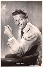 act011057 - Danny Kaye Movie Star Actor Actress Film Star Postcard, Old Vintage Antique Post Card