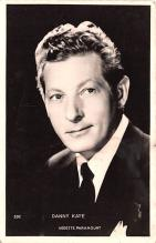 act011071 - Danny Kaye, Vedette Paramount Movie Star Actor Actress Film Star Postcard, Old Vintage Antique Post Card