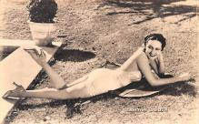 act012254 - Dorothy Lamour Movie Star Actor Actress Film Star Postcard, Old Vintage Antique Post Card