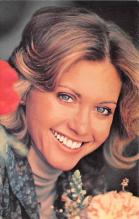act012271 - Olivia Newton Joh Movie Star Actor Actress Film Star Postcard, Old Vintage Antique Post Card