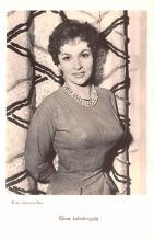 act012290 - Gina Lollobrigida Movie Star Actor Actress Film Star Postcard, Old Vintage Antique Post Card