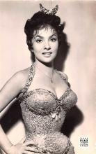 act012323 - Gina Lollobrigida Movie Star Actor Actress Film Star Postcard, Old Vintage Antique Post Card