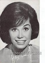 act013204 - Mary Tyler Moor Movie Actor / Actress, Entertainment Postcard Post Card