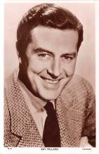 act013322 - Ray Milland Movie Star Actor Actress Film Star Postcard, Old Vintage Antique Post Card