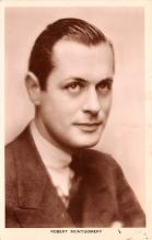 act013403 - Robert Montgomery Movie Star Actor Actress Film Star Postcard, Old Vintage Antique Post Card