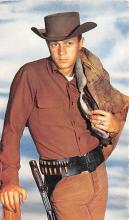 act013432 - Steve Mac Queen Movie Star Actor Actress Film Star Postcard, Old Vintage Antique Post Card