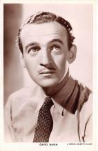 act014064 - David Niven Movie Star Actor Actress Film Star Postcard, Old Vintage Antique Post Card