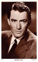 act016131 - Gregory Peck Movie Star Actor Actress Film Star Postcard, Old Vintage Antique Post Card