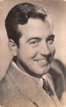 act016152 - John Payne Movie Star Actor Actress Film Star Postcard, Old Vintage Antique Post Card