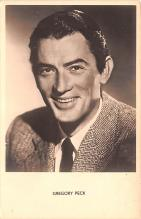act016172 - Gregory Peck Movie Star Actor Actress Film Star Postcard, Old Vintage Antique Post Card
