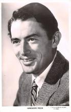 act016200 - Gregory Peck Movie Star Actor Actress Film Star Postcard, Old Vintage Antique Post Card