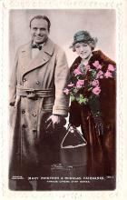 act016236 - Mary Pickford & Douglas Fairbanks, Cinema Star Movie Star Actor Actress Film Star Postcard, Old Vintage Antique Post Card