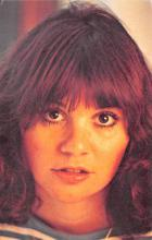 act018252 - Linda Ronstadt Movie Star Actor Actress Film Star Postcard, Old Vintage Antique Post Card