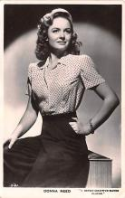 act018256 - Donna Reed Movie Star Actor Actress Film Star Postcard, Old Vintage Antique Post Card
