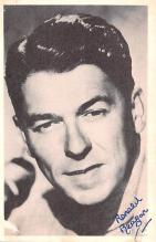 act018318 - Ronald Reagan Movie Star Actor Actress Film Star Postcard, Old Vintage Antique Post Card