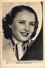 act019008 - Barbara Stanwyck Actress / Actor Postcard Post Card Old Vintage Antique
