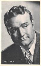 act019189 - Red Skelton Movie Star Actor Actress Film Star Postcard, Old Vintage Antique Post Card