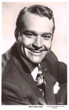 act019193 - Red Skelton Movie Star Actor Actress Film Star Postcard, Old Vintage Antique Post Card